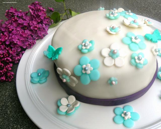 Fondant-Torte-Heidelbeere