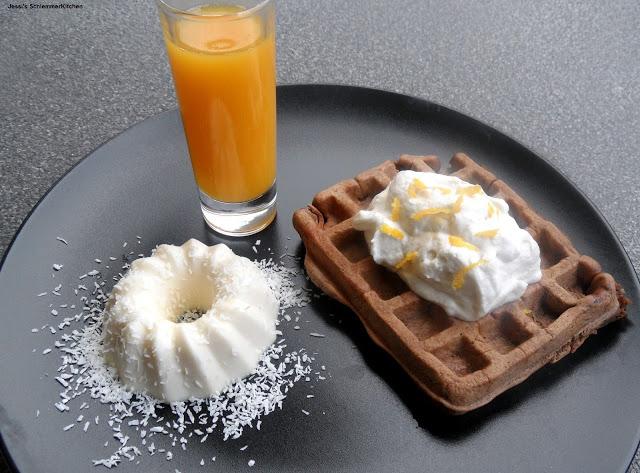 Kokos-Ingwer-Panna-Cotta-Schokoladen-Orangenwaffel-Ingwersahne