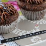 Münchner Küche: Kokos Cupcakes mit Schokokern
