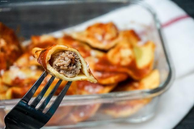 Ravioli - selbstgemacht - Fleisch - Ricotta - rot-Champignons