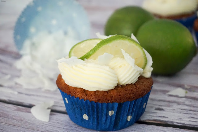 Kokos Cupcakes mit Limetten Buttercreme