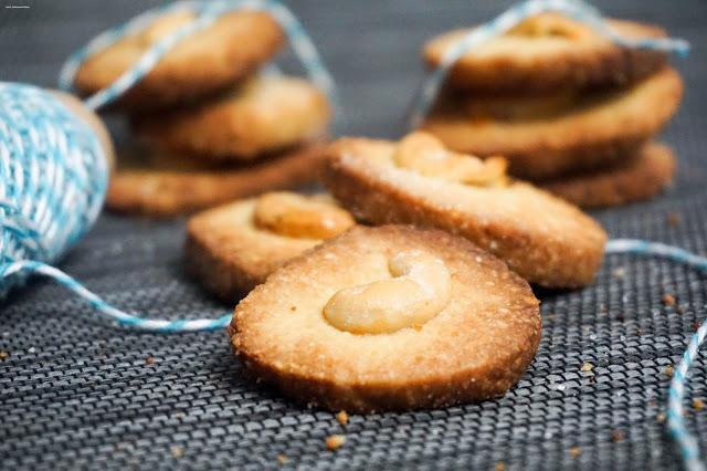 Cashew-Taler - Süsse Weihnachts Grüsse