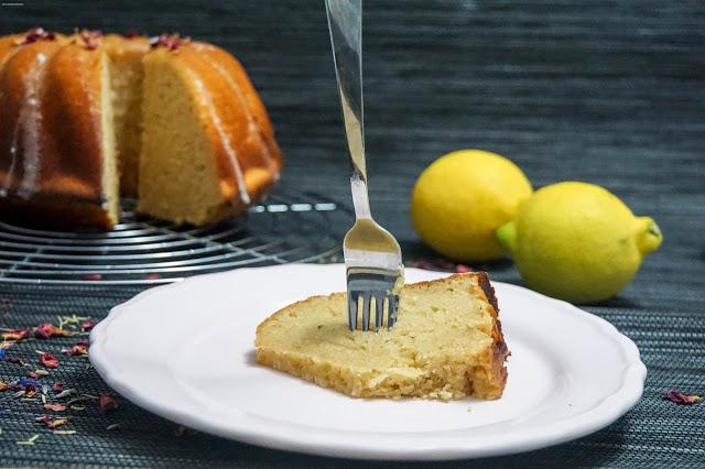 Saftiger Zitronen-Gugelhupf - Aromenfeuerwerk