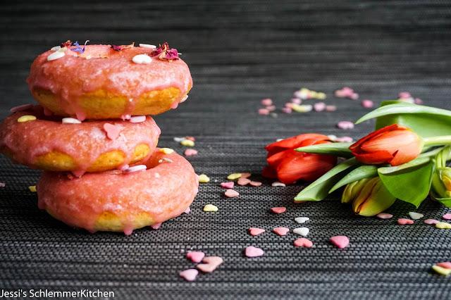 Donuts Nicht Nur Fur Verliebte Jessis Schlemmerkitchen De Food