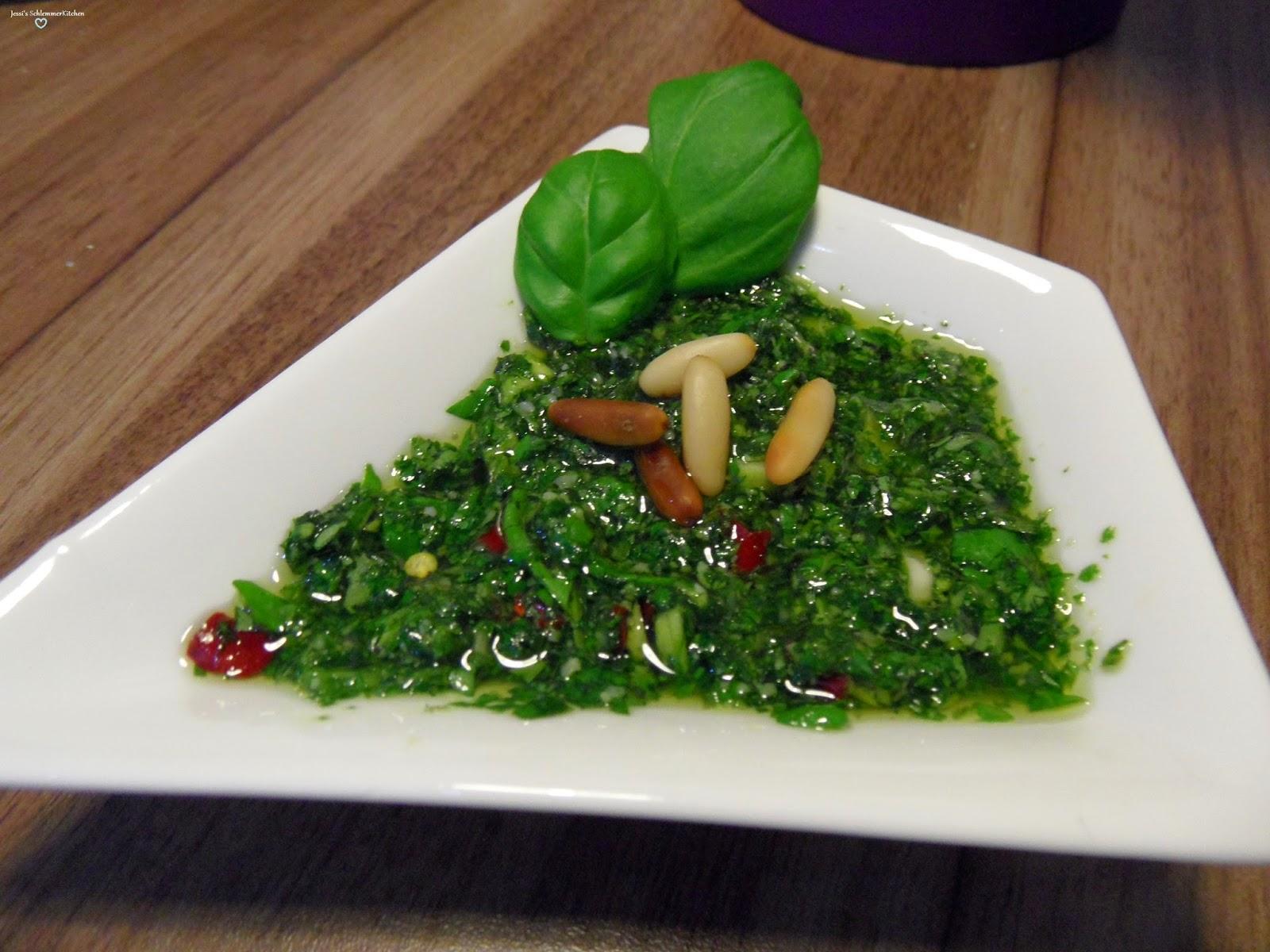 Rezept Basilikum-Pesto-Paprika-Pesto