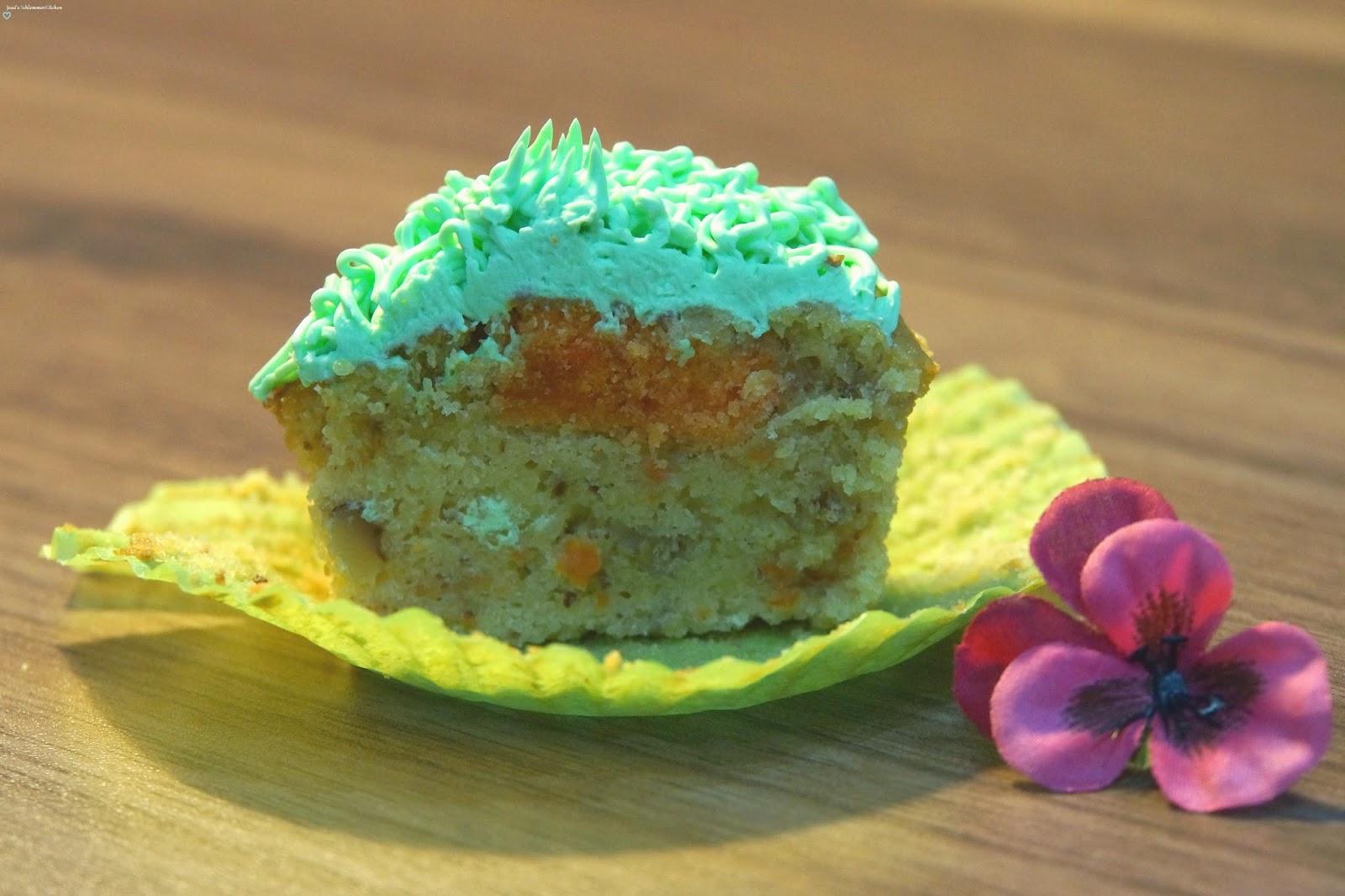 Ostern:Cupcakes-Querschnitt