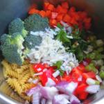 One  Pot Pasta – Buntes Gemüseallerlei mit Ziegenkäse