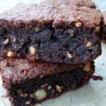 Saftig, Schokoladig, Nussig – Brownies