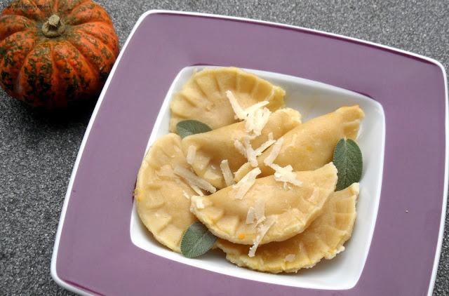 Kürbis-Ravioli-mit-Salbei-Butter-Foto