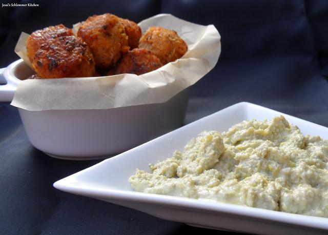 Süßkartoffel Quinoa Bällchen - Avocado-Frischkäse-Dip