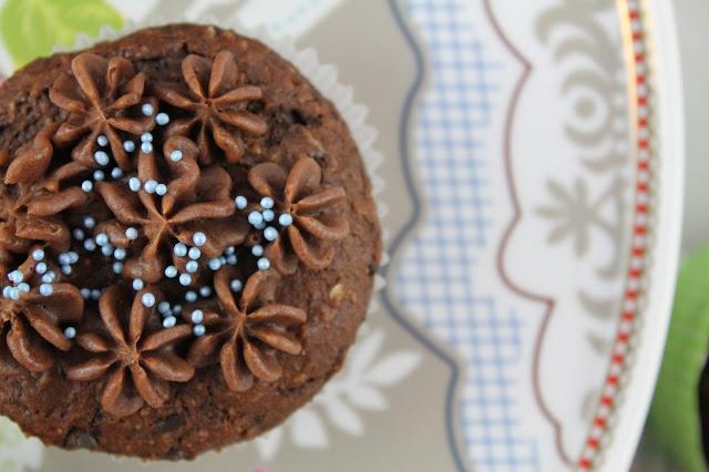 Münchner Küche -Kokos Cupcakes mit Schokokern