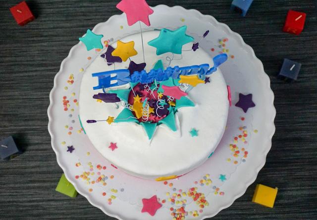 explodierte-Torte-Cake-topper