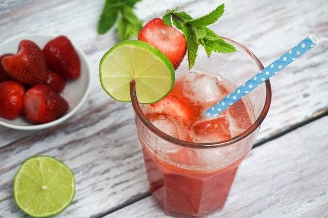 Erdbeer Limes - Erdbeer Caipirinha - Summer Opening