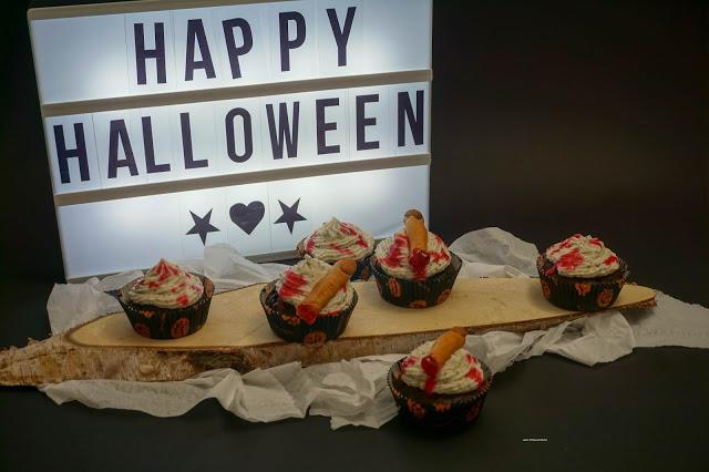 Schokoladen-Oreo-Cupcakes mit Creamcheese Frosting - Gruselfinger - Halloween