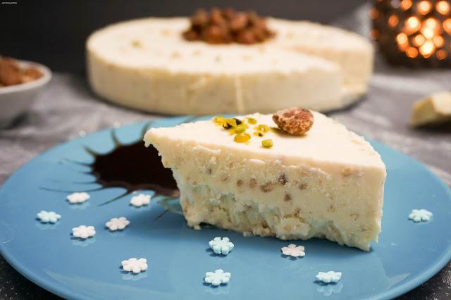weißes Schokoladen-Parfait mit Crunch - Advents-Kaffeeklatsch Frau Stiller backt