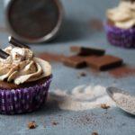 Schokoladen Cupcakes mit Karamell-Sahne