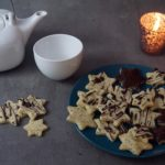 Plätzchen-Sterne mit Tee