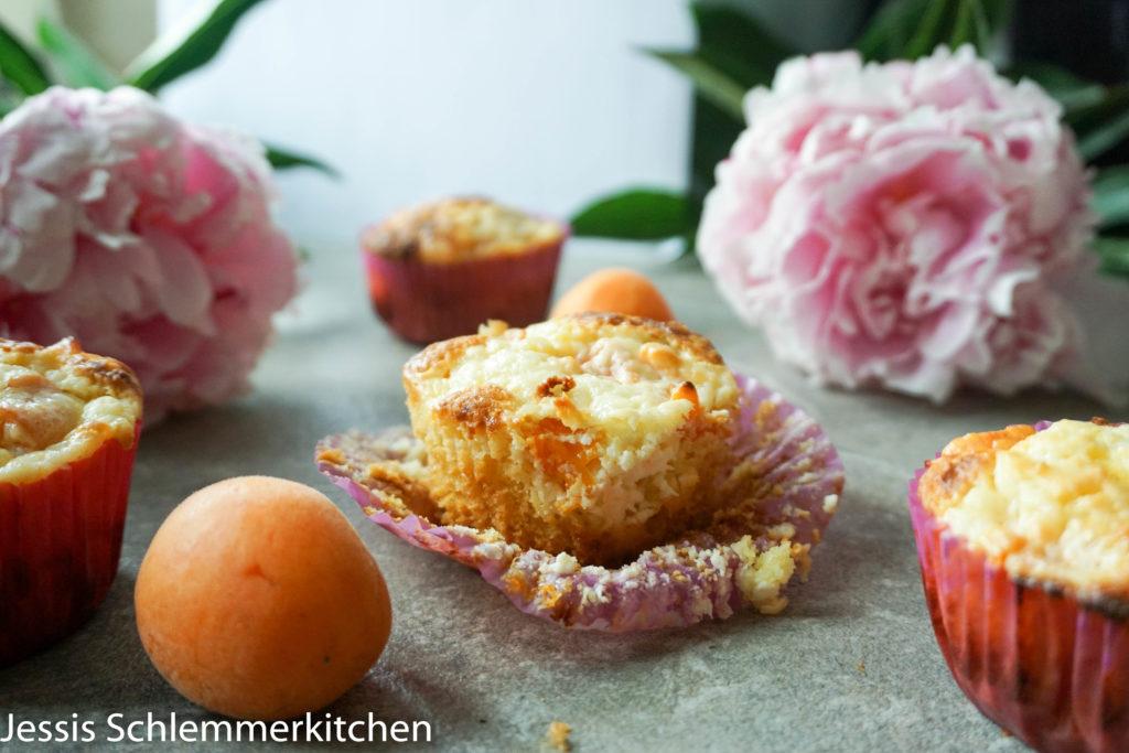 Aprikosen Muffins mit Frischkäse