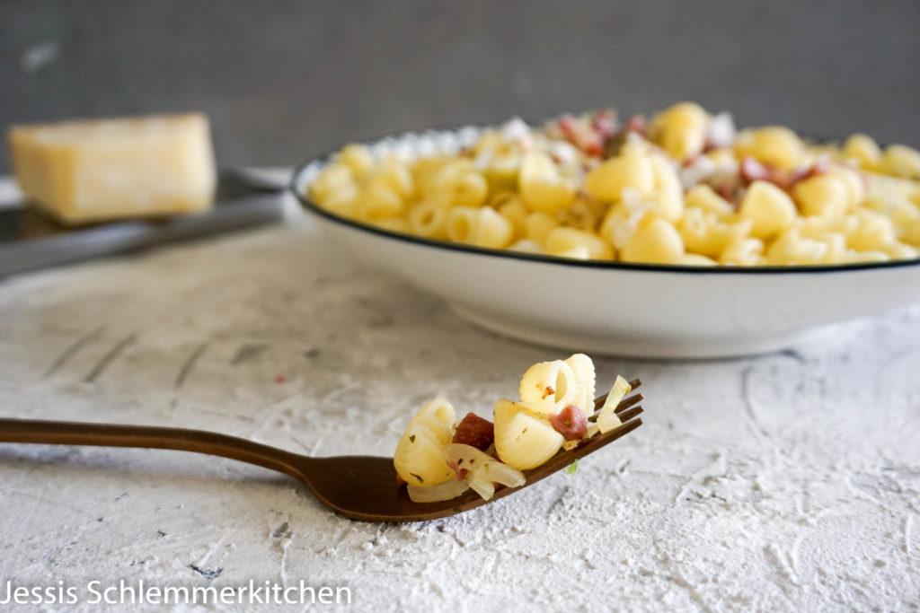 Pasta mit Speckpesto